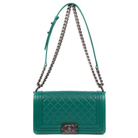 Chanel-Chanel Boy bag in green quilted leather , Aged silver metal trim-Green