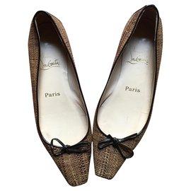 Christian Louboutin-louboutin shoes-Beige