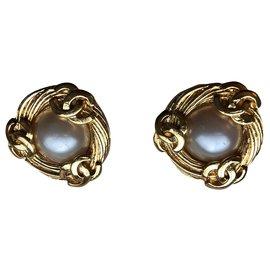 Chanel-Boucles d'oreilles clips Chanel CC en fausses perles dorées Vintage-Doré