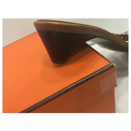Hermès-Ciabatta-Caramel