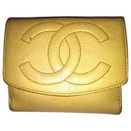 Chanel-CHANEL vintage Caviar wallet-Yellow