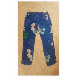 Chloé-Un pantalon-Bleu Marine,Bleu clair