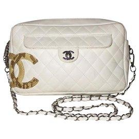 Chanel-Camera Cambon-White