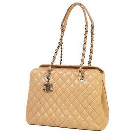 Chanel-Sac porté épaule en cuir matelassé marron Chanel-Marron