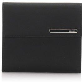 Prada-Petit portefeuille à trois volets en toile noire Prada-Noir