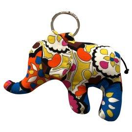 Emilio Pucci-Porte-clés éléphant en soie imprimée-Multicolore