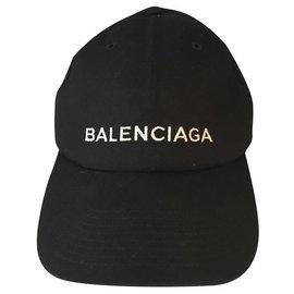 Balenciaga-embroidered logo cap-Black