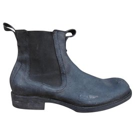 Frye-Fryep boots 42 new condition-Black