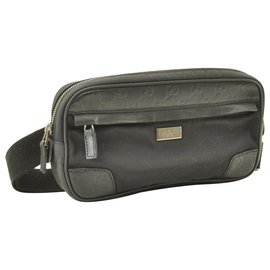 Gucci-Gucci Vintage Clutch Bag-Black