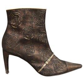 Chanel-Chanel boots bronze color p 40-Bronze