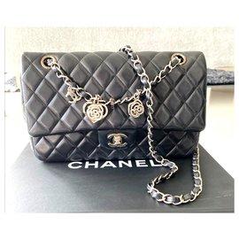 Chanel-Sac à rabat classique classique Chanel Valentine en édition limitée-Noir