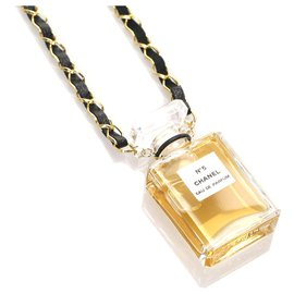 Chanel-Chanel Gold Perfume Charm Necklace-Golden