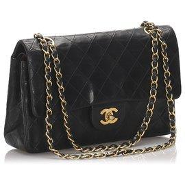 Chanel-Sac à rabat doublé en agneau moyen classique noir Chanel-Noir