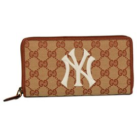 Gucci-Gucci wallet – New York Yankees collection-Beige