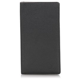 Louis Vuitton-Louis Vuitton Black Taiga Porte-Cartes Credit Yen Wallet-Black