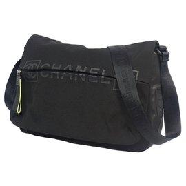 Chanel-Sac bandoulière Chanel CC en nylon noir Sports Line-Noir