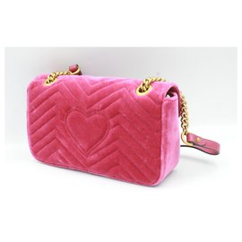 Gucci-Gucci Marmont GG handbag in pink velvet.-Pink
