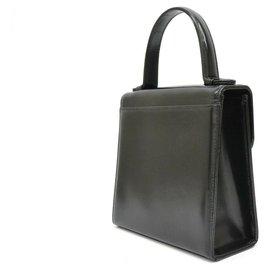 Yves Saint Laurent-Yves Saint Laurent Leather Shoulder bag-Black