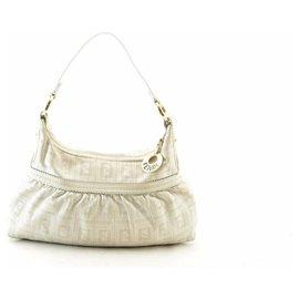 Fendi-Fendi Shoulder Bag-White