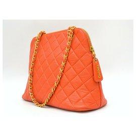 Chanel-Sac à bandoulière Chanel Caviar-Orange