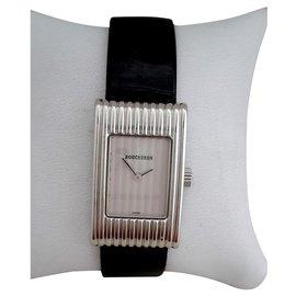 Boucheron-Fine watches-Silvery