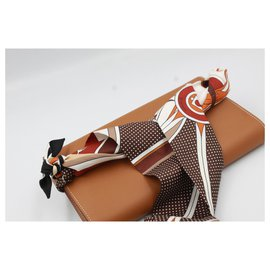 Hermès-Hermès Kelly wallet in brown leather and its twilly-Marron