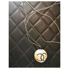 Chanel-CC-Black