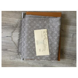 Louis Vuitton-Louis Vuitton Monogram shawl-Beige