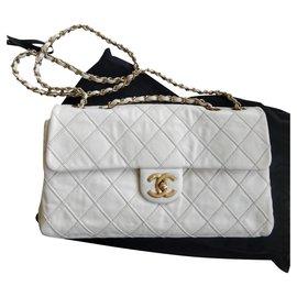 Chanel-Sac à rabat classique-Crème