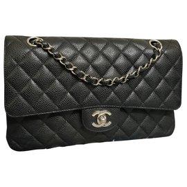 Chanel-Sac à rabat moyen doublé de caviar-Noir