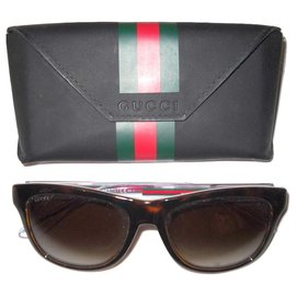 Gucci-GUCCI Bio Based sunglasses-Brown