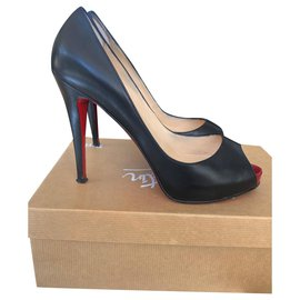 Christian Louboutin-Very private-Black