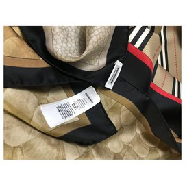 Burberry-Burberry stole-Black,Red,Beige