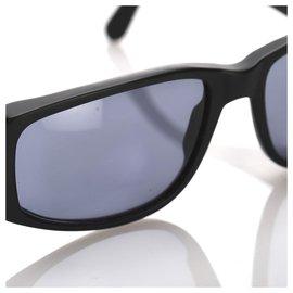 Chanel-Chanel Black Square Tinted Sunglasses-Black