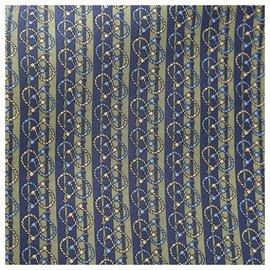 Hermès-Foulard en soie doublé imprimé bleu Hermes-Bleu