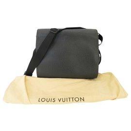 Louis Vuitton-Louis Vuitton Taiga Travel Bag-Black