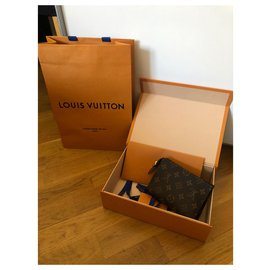 Louis Vuitton-Tooletry LV new-Brown