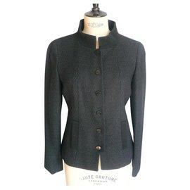 Chanel-CHANEL Veste tweed cintrée noire parfait état T38 UNIFORM-Noir