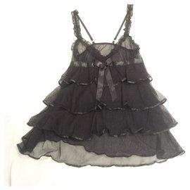 Autre Marque-Lingerie noire raffinée avec nœud en satin et volants garnis de satin. never worn.-Noir