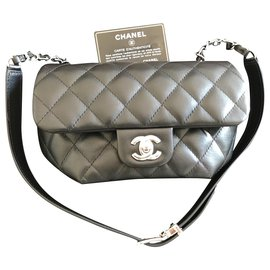 Chanel-New Chanel bag-Black