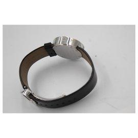 Chanel-Chanel watch « La Ronde » in black patent leather.-Noir