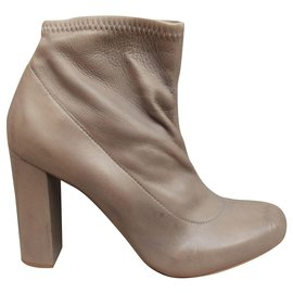 Chloé-Chloé p boots 38 new condition with defect-Beige