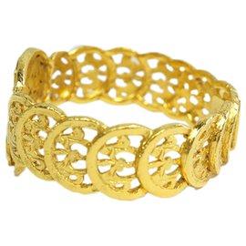 Chanel-Chanel Gold Gold-Tone CC Bangle-Golden