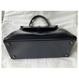 Hermès-Kelly 25 returned in navy blue box leather (vintage 1960)-Navy blue