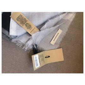 Burberry-Burberry scarf brand new-Grey