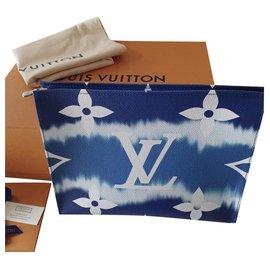 Louis Vuitton-Sacos de embreagem-Azul escuro