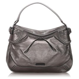 Burberry-Burberry Gray Leather Handbag-Silvery,Grey