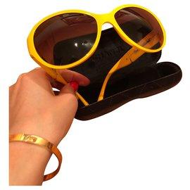 Chanel-Sunglasses-Yellow