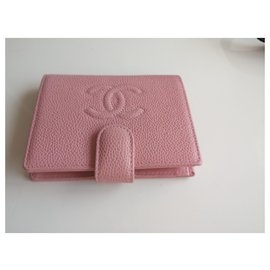 Chanel-wallet-Pink