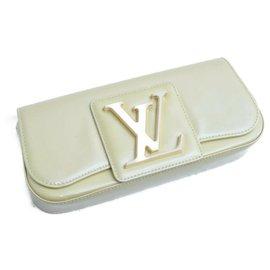 Louis Vuitton-Pochette Louis Vuitton Vernis Sobe-Beige